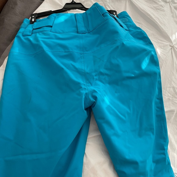Women's Ski Pant size 6 Obermeyer Great Condition